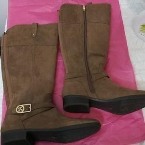 Liz Claiborne riding boots